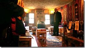 1198 im Kaffeehaus in einer Bergwohnung = mit Qirt (1024x575)