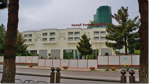 1767 unser Hotel in Ashgabat (1024x575)