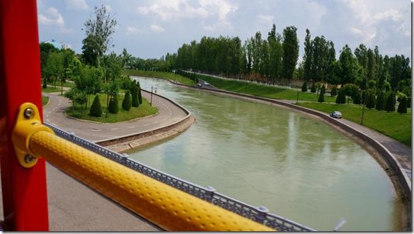 2005 der viele Jahrhunderte alte Bewässerungskanal (1024x575)