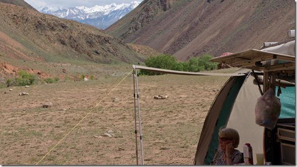 2993 Camping auf der Schafweide zwischen Küzükol und Aral  (1024x575)