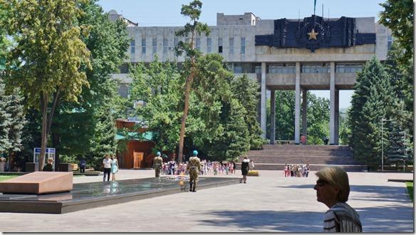 3060 ein kriegerisches Monument (1024x575)