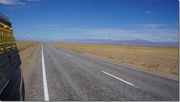 3158 Auf dem Weg zur Grenze nach Mongolien  (1024x575)