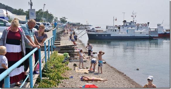 3256 Strandleben am Baikalsee in Listvjanka  (1024x532)