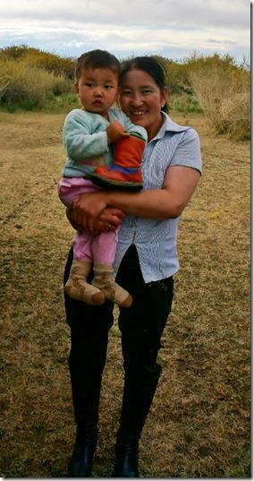 4013 Mutter und Kind wurden selbstverständlich auch fotografiert  (536x1024)