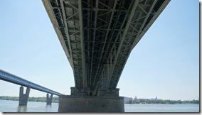 3402 Metro und Eisenbahnbrücke  (1024x575)