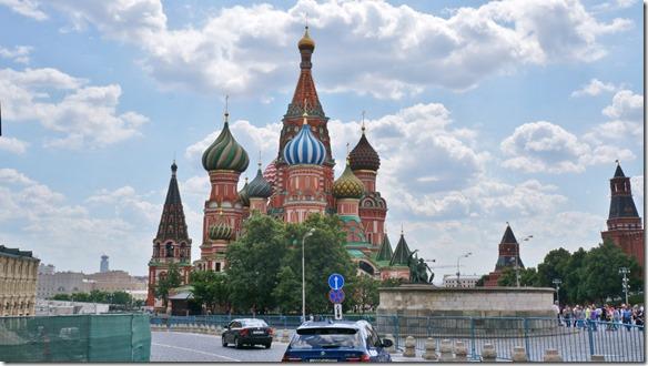 3513 Die Sankt Basil Kathedrale am roten Platz  (1024x575)