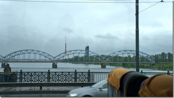 3664 Brücke über die Daugava in Riga  (1024x575)