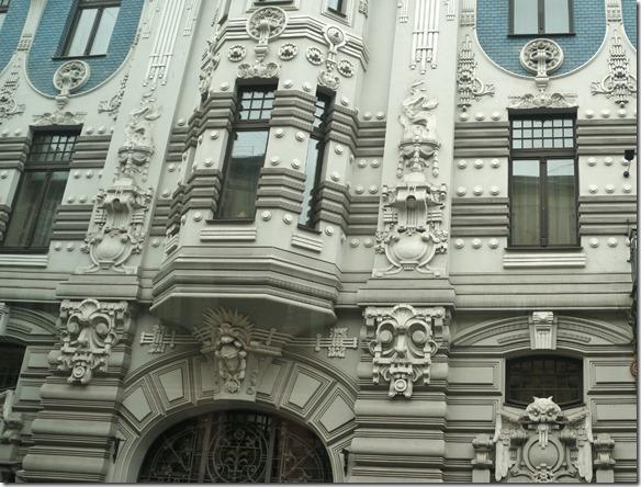3673 Reich geschmückte Fassade in Riga  (1024x778)