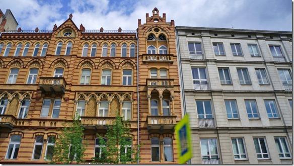 3728 Die Altstadt von Warschau wurde im 2. Weltkrieg zerbombt. Ist jedoch heute zum grossen Teil wieder aufgebaut.  (1024x575)