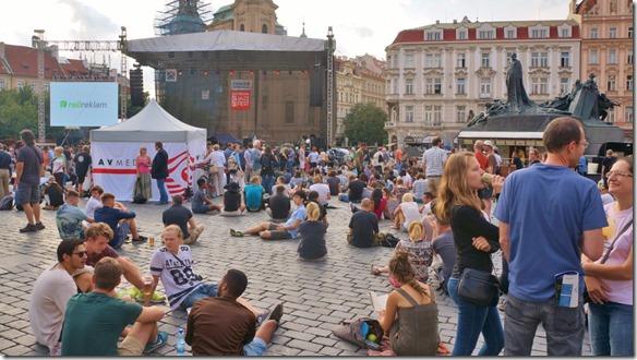 3919 der wunderschön gelegene Hauptplatz wird nicht nur zum reinigen erhalten, sonder wird für die unterschiedlichsten Anlässe genutzt (hier war ein mehrttägiges Jazzfestival) (1024x575)