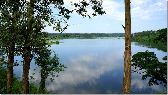 2212 dies soll die Quelle des weissen Nils sein = Ausluss aus dem Lake Viktoria