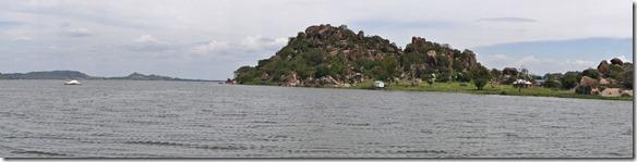 2266 schöne Steinformationen auf dem Weg mit der Fähre nach Mwanza