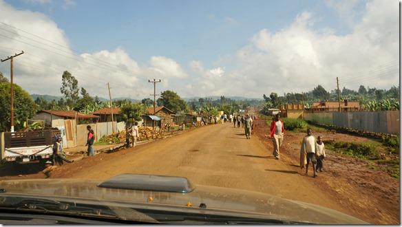 2356 die Dörfer sind staubig aber sauber