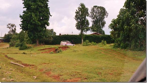 2413 auf dem Weg nach der Elfinesh Schule in Gurage