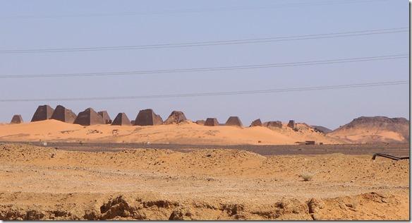 2748 die sudanesischen Piramiden von Meroe