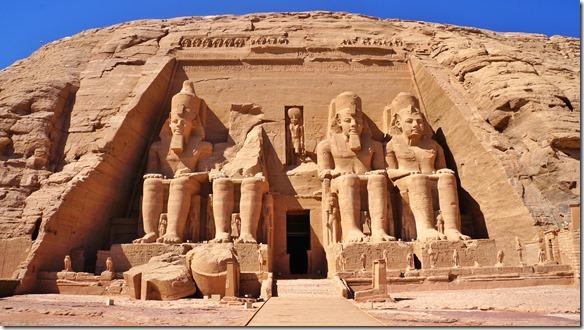 2799 sie sind schon gewaltig, diese riesigen Figuren von Menschenhand vor 3300 Jahren geschaffen