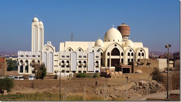 2825 A die koptische Katedrale in Aswan