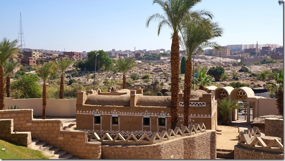 2833 das Nubien Haus des Museums
