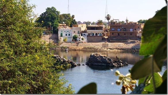 2917 ein Blick zurück zur Beiz des nubischen Dorfes