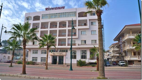3007 unser Hotel in Damietta = hier mussten wir 6 Tage warten bis unser Frosch durch den Zoll war
