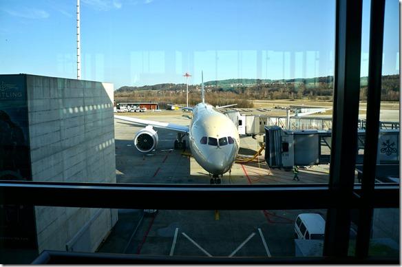 1026 unsere Maschine eine 787 nach Abu Dabi