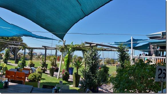 1298 ein schönes Strandcafe beim Yachtclub in Esperance