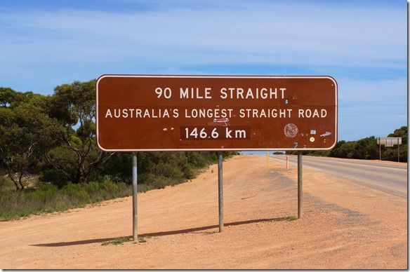 1327 es ist eine lange Strecke die gerade. ohne Höhenunterschied und Kurven verläuft.