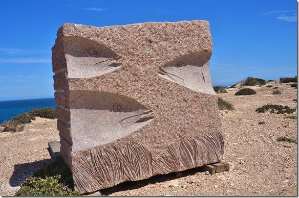 1365 der Klipp Top Drive ist noch mit Monumenten und Kunstwerken verschönert