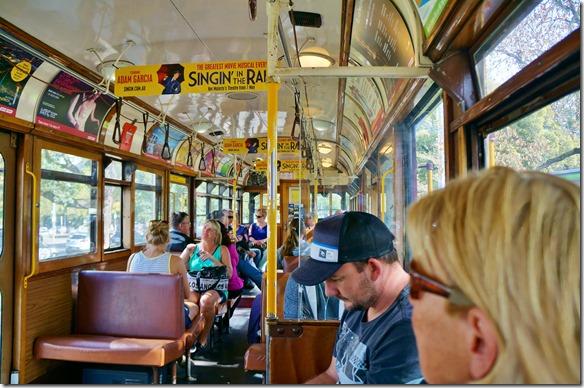 1736 im City Tram, das gratis benutzt werden kann und den inneren Kreis bedient = alle öffentlichen Verkehrsmittel sind gratis im City Zentrum