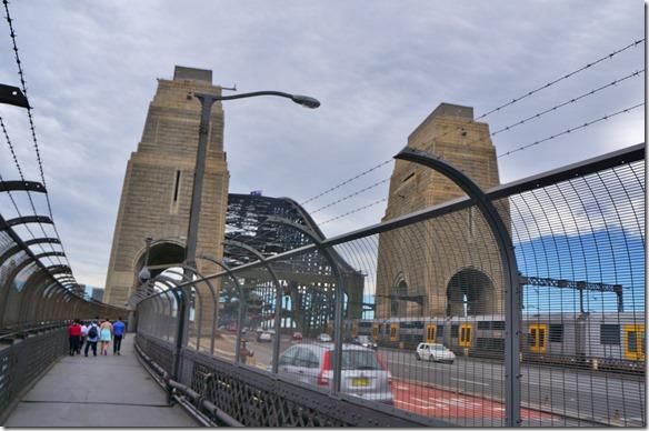 1889 der Fusssteg über die Harber Bridge