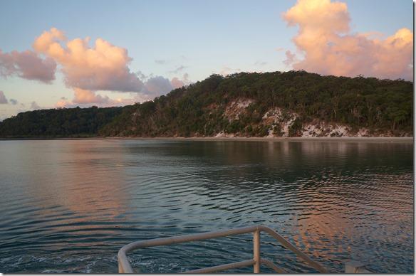 2065 ein Blick zurück nach Fraser Island