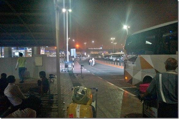 2500 Ankunft in Abu Dhabi