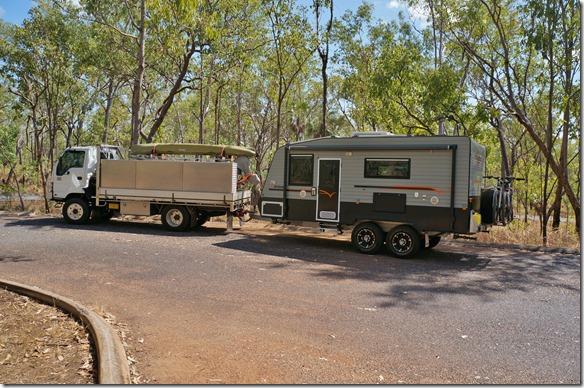 2808 ein Camper der den gesamten Haushalt mitführt