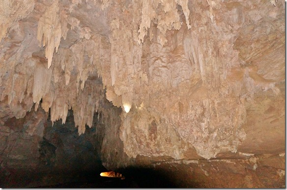 3183 die Tunneldecke und Wände sind mit Stalaktiten komplett eingehüllt