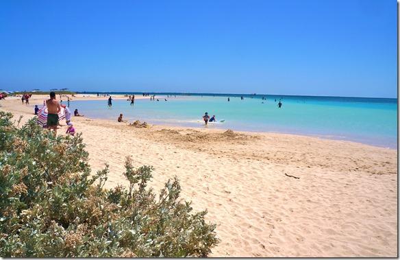 3428 Coral Bay die Badebucht neben dem Campingplatz