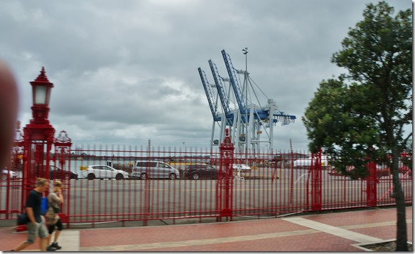 1020 die Hafenkräne von Auckland