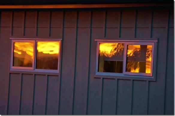 2043 man hat das Gefühl in diesem Haus brennt es