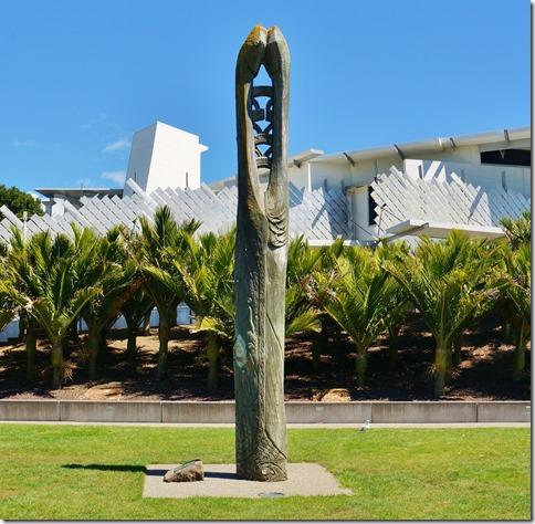 2073 ein Maori Monument