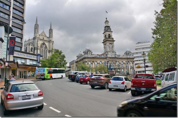 2406 ein Besuch der Stadt Dunedin zeigt, dass sie eine der schöneren Städte mit Charakter in Ozeanien ist