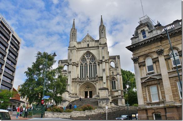 2411 die anglikanische Kathedrale mit dem Bischofssitz