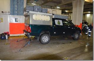 a1014 nach einem etwas difficilen einparkieren unter Anleitung des Schiffspersonals wurde der Frosch festbebunden