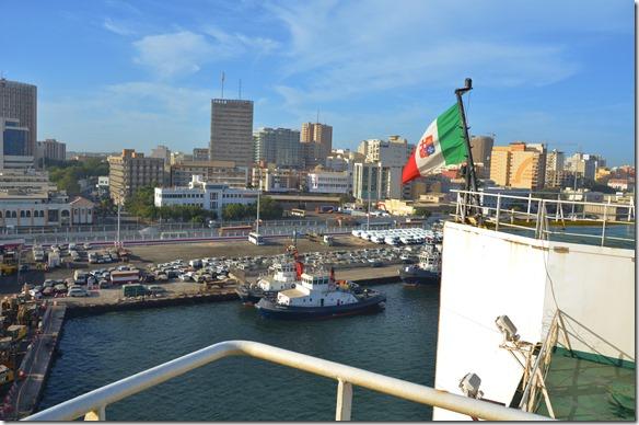 a1173 die Nationalfahne unter welcher das Schiff fährt