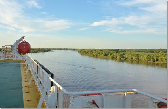 a1726 der Blick Flussaufwärts