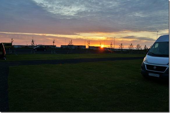 1700 der einige Sonnenuntergang fotografiert in Island in Keflavik