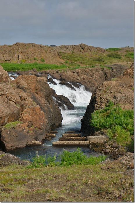 1701 hier wurden wir zusammengestauch weil wir ein sogenanntes Fischergebiet betrreten hätten = die Isländer die spinnen